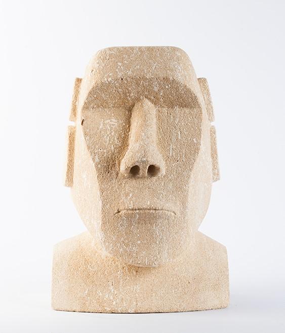 Emmanuelle - Moai face